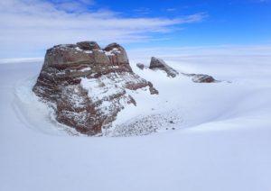 孤高の岩峰ボツンヌーテンに登る